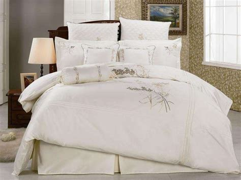 white and gold comforter white and gold bedding sets google search decor ideas