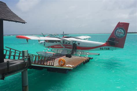 flight   seaplane mumpack travel
