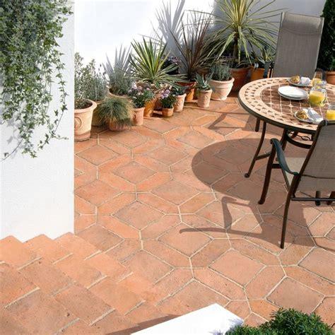 terracotta patio tiles 9 best terracotta images on