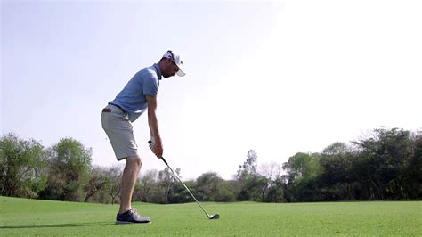 swing thoughts golf rhys davies talks mental game and swing thoughts golf