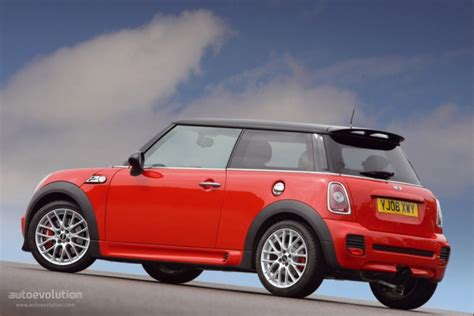 how to learn all about cars 2009 mini cooper on board diagnostic system mini convertible specs 2009 2010 2011 2012 2013 2014 2015 autoevolution