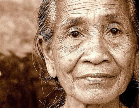 sekararumw kisah nenek tua yang ditelantarkan keluarganya