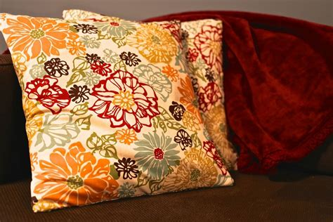 No Sew Pillow Covers Fold And Tie For Perfect Couch Pillows How To Make Sofa Pillows