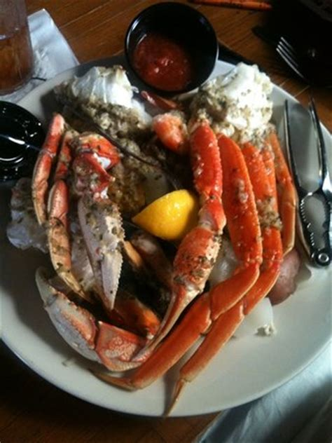 charleston crab house charleston sc charleston crab house market st charleston downtown menu prices restaurant