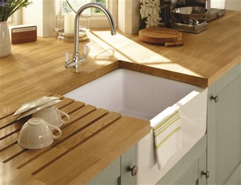 howdens kitchen sinks lamona ceramic belfast sink ceramic kitchen sinks