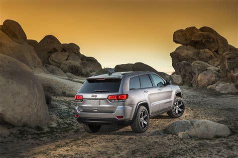 jeep grand cherokee trailhawk silver jeep grand cherokee wk2 2017 jeep grand cherokee trailhawk