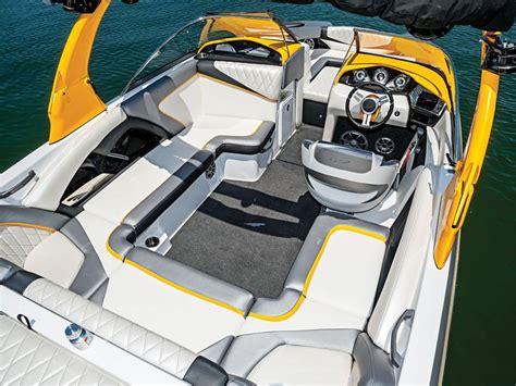 pavati wake boat interior wakeboarding boats interior www pixshark images