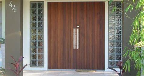 cedar entry door custom cedar doors gates east coast garage doors