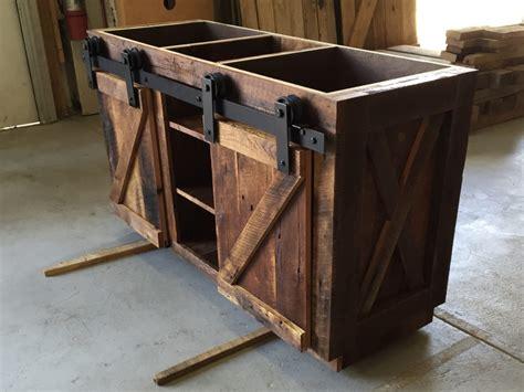 Reclaimed Bathtubs by Connie S Reclaimed Wood Bathroom Vanity Fama Creations