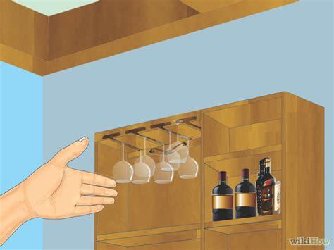 rastrelliera per bicchieri come fare una rastrelliera per appendere i bicchieri da vino