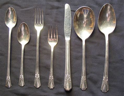 Cabin Flatware by Avalon Cabin Flatware Set Thingery Previews Postviews Thoughts