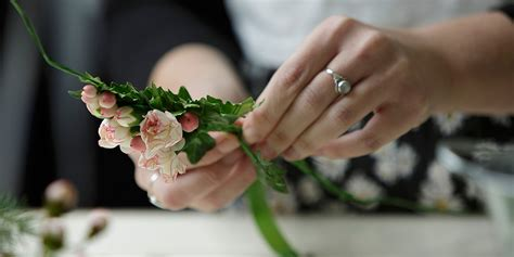 flower design classes kitanim floral design classes