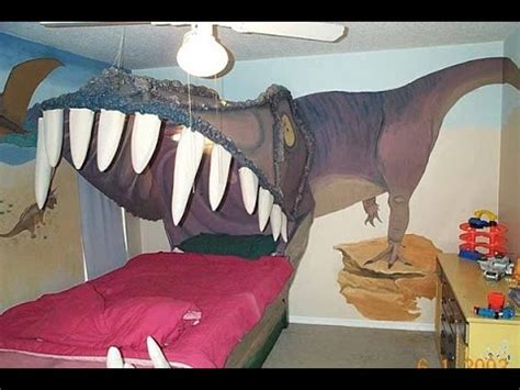 crazy bed dinosaur bed murderer awesome and crazy beds youtube