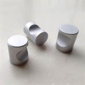 small drawer pulls cabinet door knobs