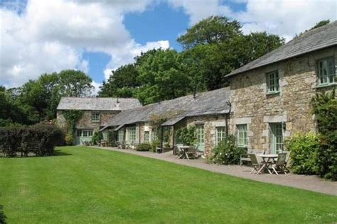 cottage cornwall glynn barton cottages family farm holidays cornwall child