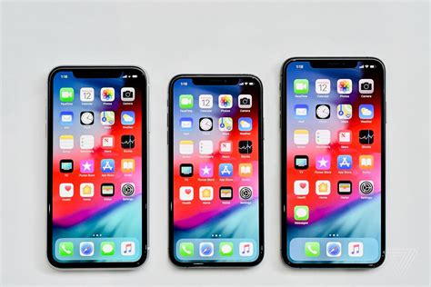 Iphone Max by Iphone Xs Vs Xs Max Vs Xr How To Between Apple S Three New Phones The Verge