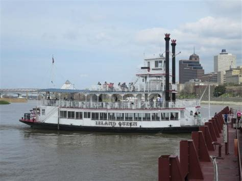 boat ride memphis the island queen riverboat picture of memphis riverboats