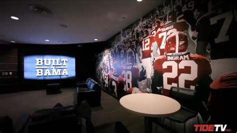 alabama crimson tide locker room alabama unveils new 9 million football locker room bso
