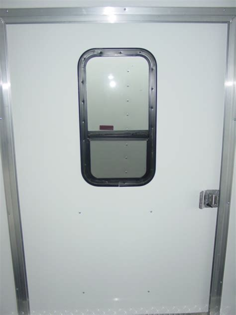 Rv Windows And Doors by Miscellaneous Photos Of Enclosed Trailers