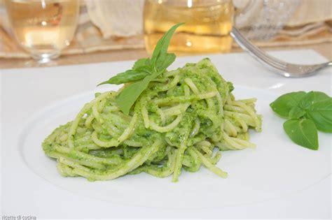 ricette cucina genovese spaghetti con pesto genovese ricette di cucina