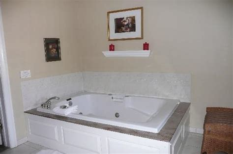 hotels with bathtubs for two comfy cozy bed picture of the lambertville house