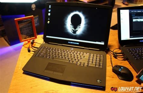Laptop Alienware Termurah Malaysia on 2015 alienware 17 gaming laptop lowyat net