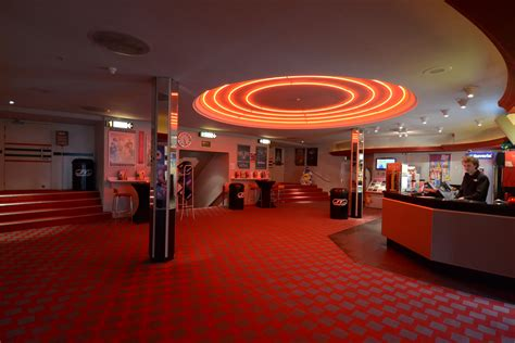 Foyer Cinema file foyer bioscoop carolus jpg wikimedia commons