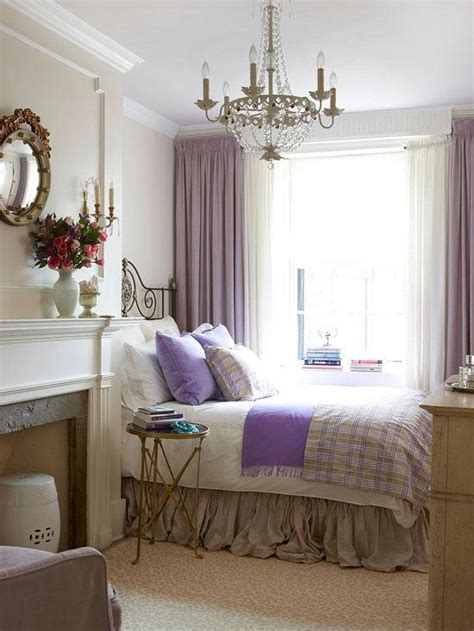 Decorating Small Bedrooms | modern small bedroom decorating tips