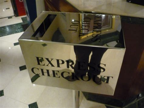 Express Check Out: Gain Time or Gain Safety?   /dev/random