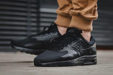 Sepatu Nike Airmax Zero Black nike air max zero essential black sneaker bar detroit