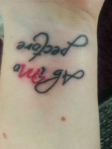 tattoo am finger verlaufen schrift des tattoos verschmiert tattoo bewertung de