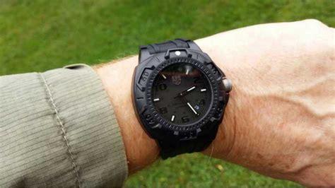 Luminox 0201 Bo luminox sentry mens black xl 0201 bo class watches