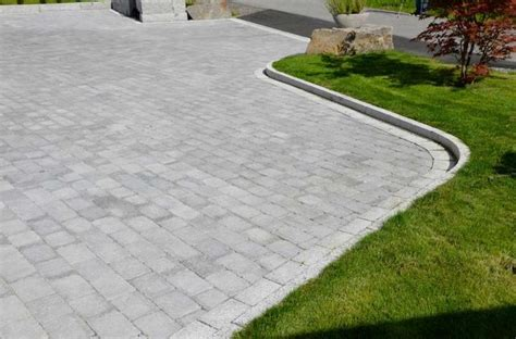 460 best images about driveway landscaping and curb appeal ideas on pinterest landscaping