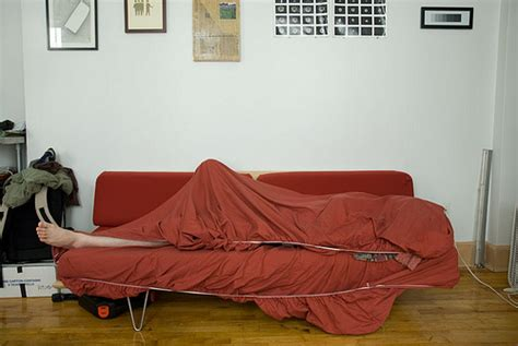 sofa surfing how to host a traveler 13 tips to keep it safe easy and