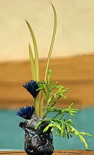 miniature flower arrangements can yield big fun get creative buffalo niagaragardening com