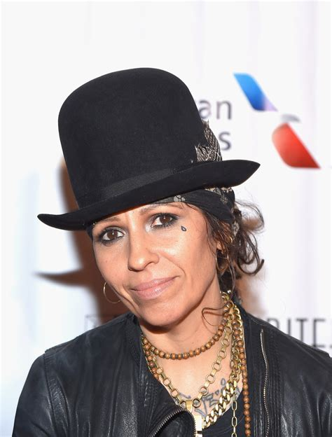linda perry singer songwriter linda perry in musicians gather at the songwriters hall of