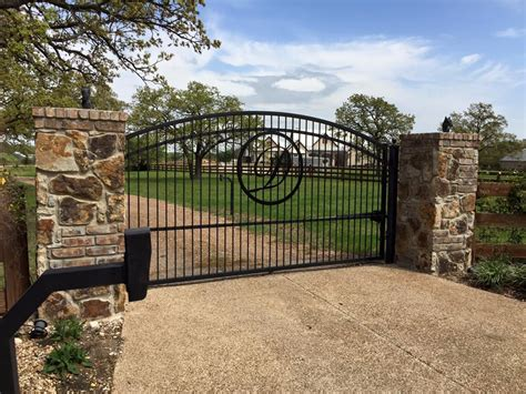 swing driveway gates houston gate builders houston fence builders custom