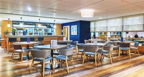design cafe chelsea harbour harbour doors compare doors 183 clopay coachman