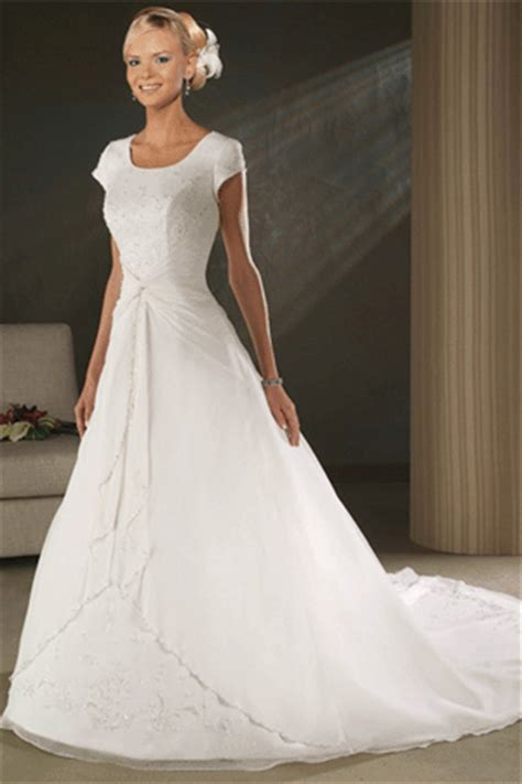 Wedding Gown Background by Wedding Gowns Images Wedding Dress Wallpaper And