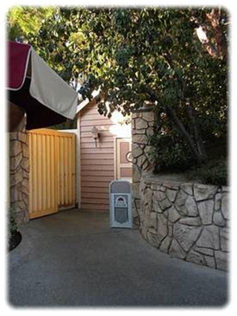 disneyland secret bathroom disneyland secret bathroom