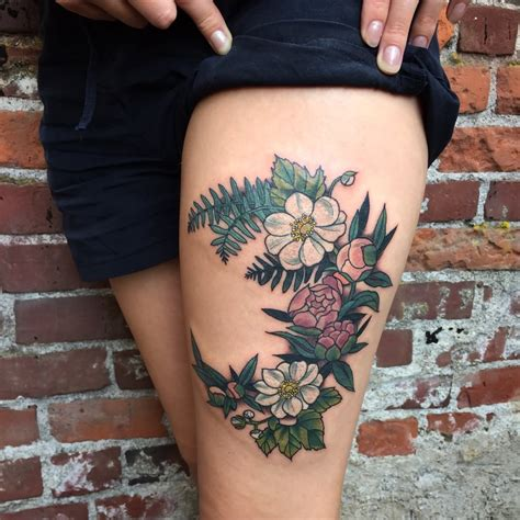 upper leg tattoo designs 46 awesome leg tattoos