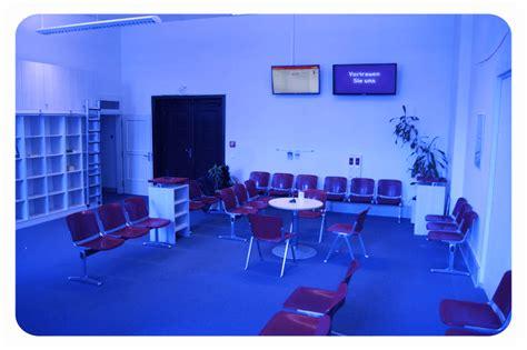 kfz zulassungsstelle berlin tempelhof rathaus sch 246 neberg berlin tv screens im b 252 rgeramt