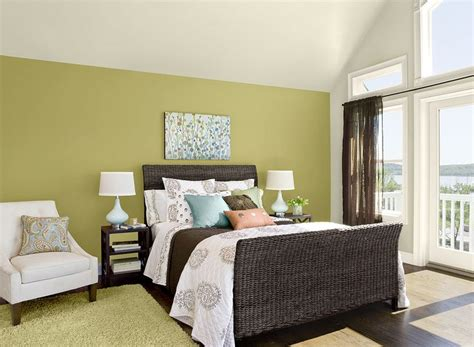 green bedroom paint 37 best rooms by color benjamin moore images on pinterest