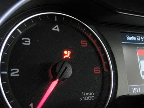 what does it mean when the airbag light is on what does the srs supplement restraint system warning
