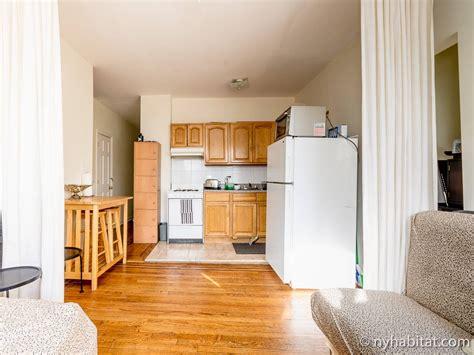 york roommate room  rent  astoria queens  bedroom apartment ny