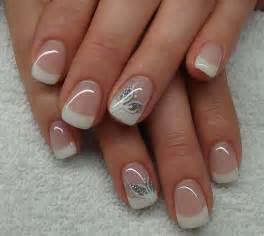 Sur pinterest manucures de style fran 231 ais ongles et nail art