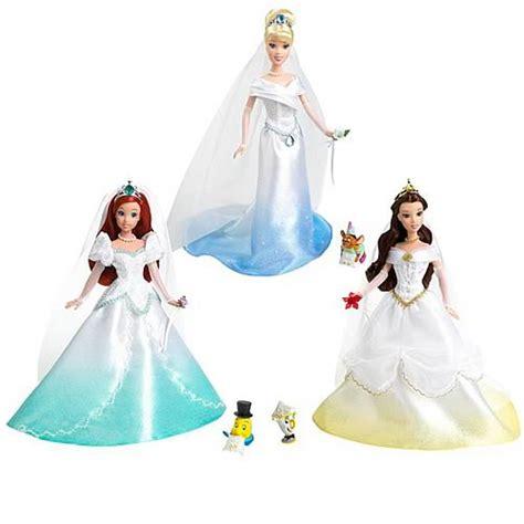 Wedding Magic Clip Dolls by Disney Princess Fairytale Wedding Dolls Wave 1 Set