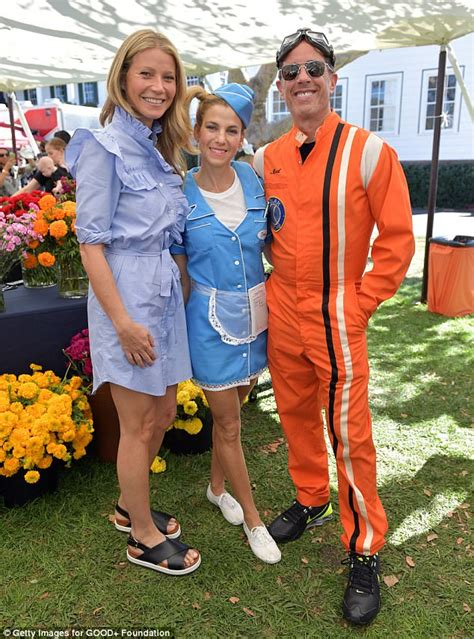 Stylefoul Jerry Seinfeld In Bee Costume by Gwyneth Paltrow Joins Jerry Seinfeld For Bash