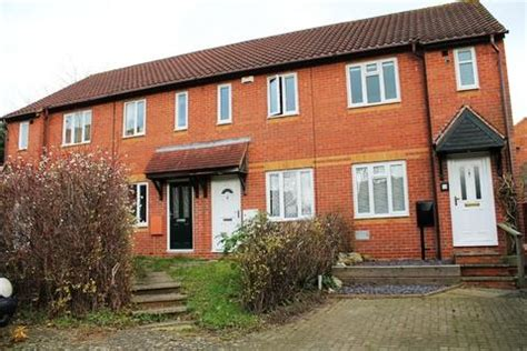 2 bedroom house to rent milton keynes houses to rent in milton keynes latest property onthemarket