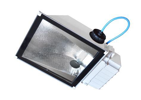 produzione illuminazione rc luce produzione illuminazione civile industriale led